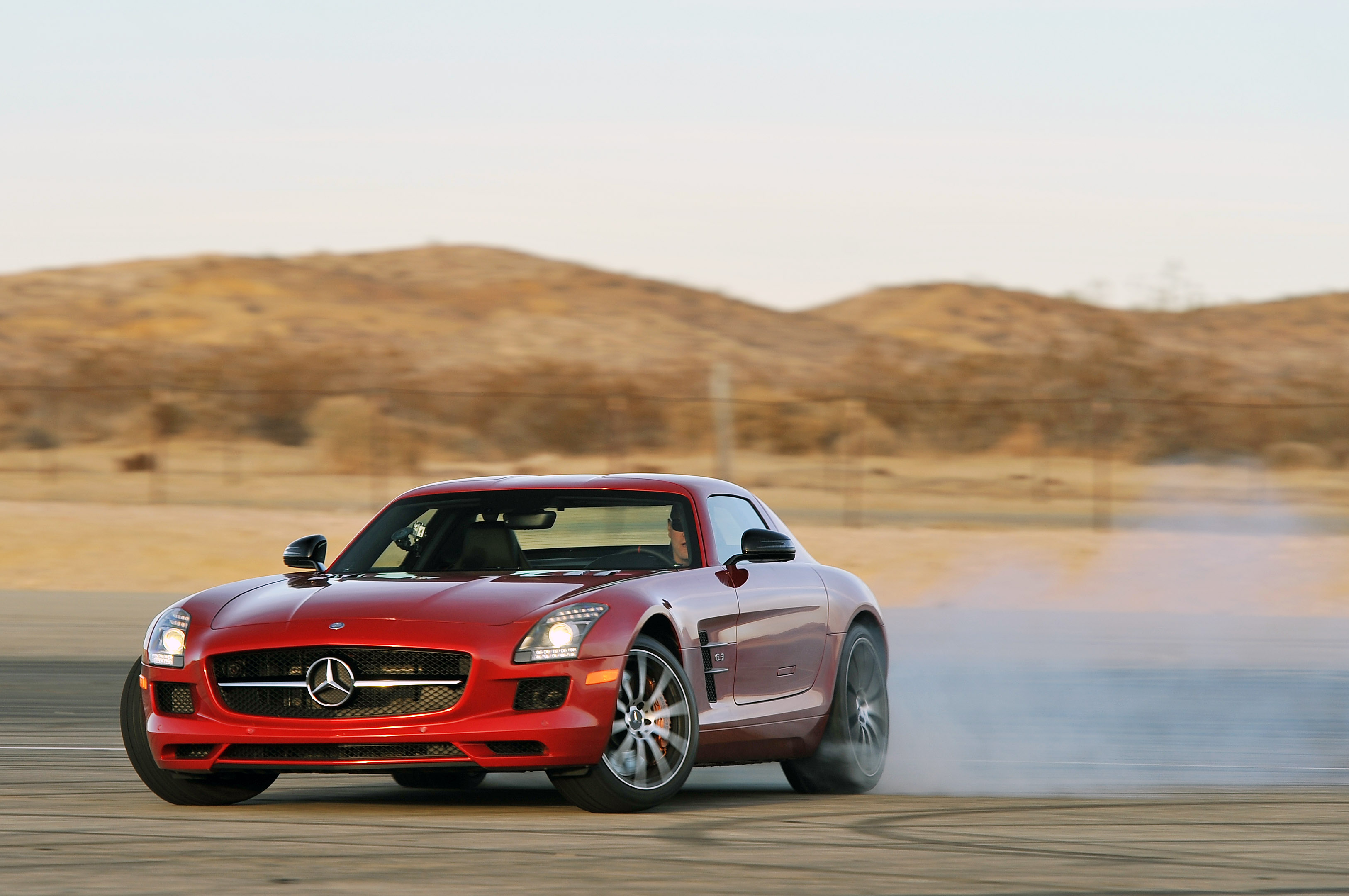 Mercedes benz sls amg gt photos informations articles for Silverlit mercedes benz sls amg