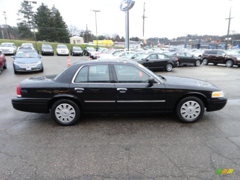 2010 Ford Crown Victoria #13