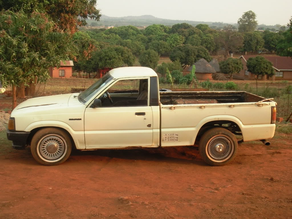 1990 Ford Courier #4