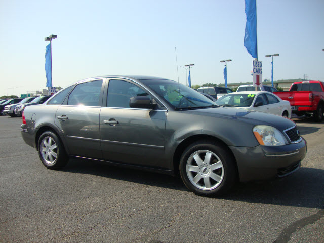 2005 Ford Five Hundred #9