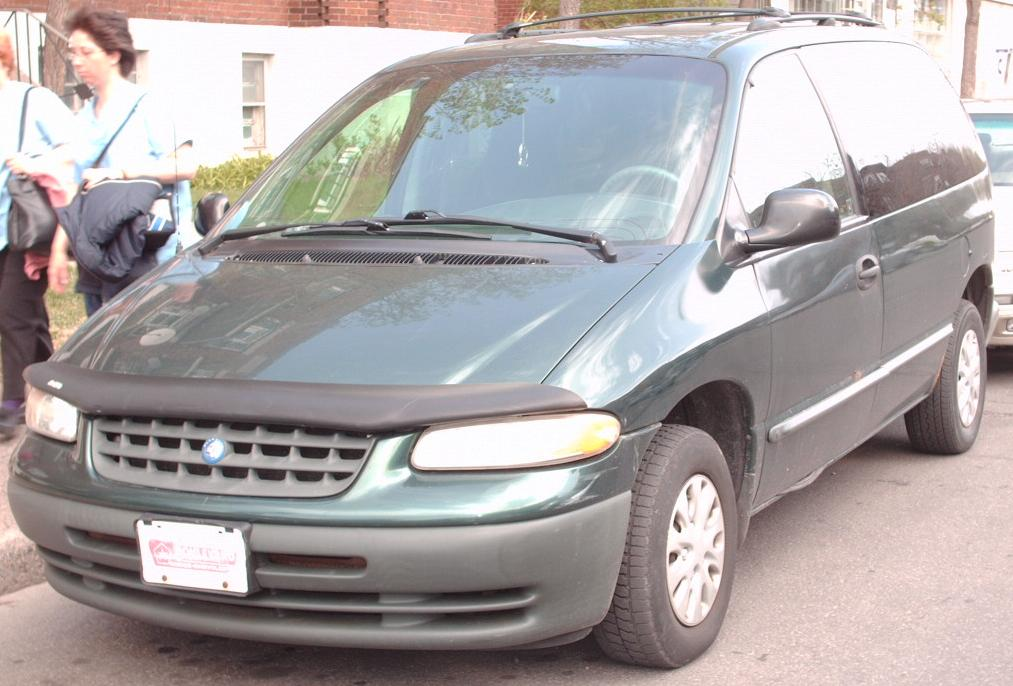 2000 Plymouth Voyager #5
