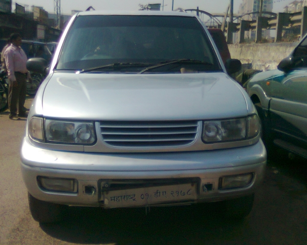 2001 Tata Safari #8