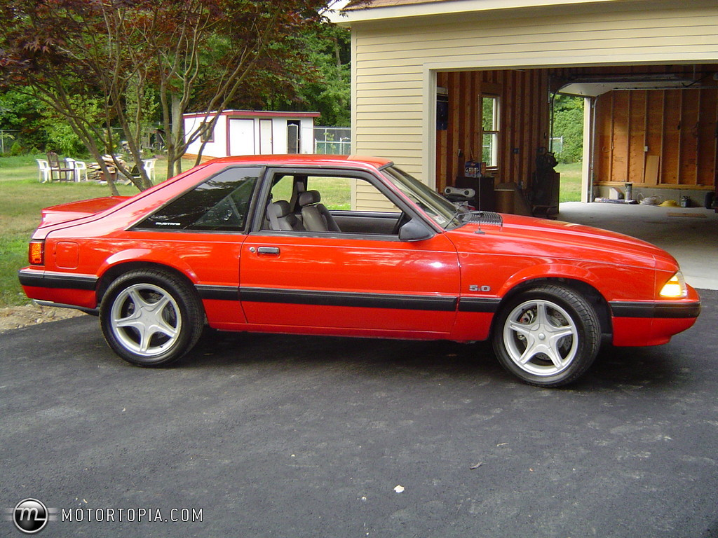 1990 Ford Mustang #4