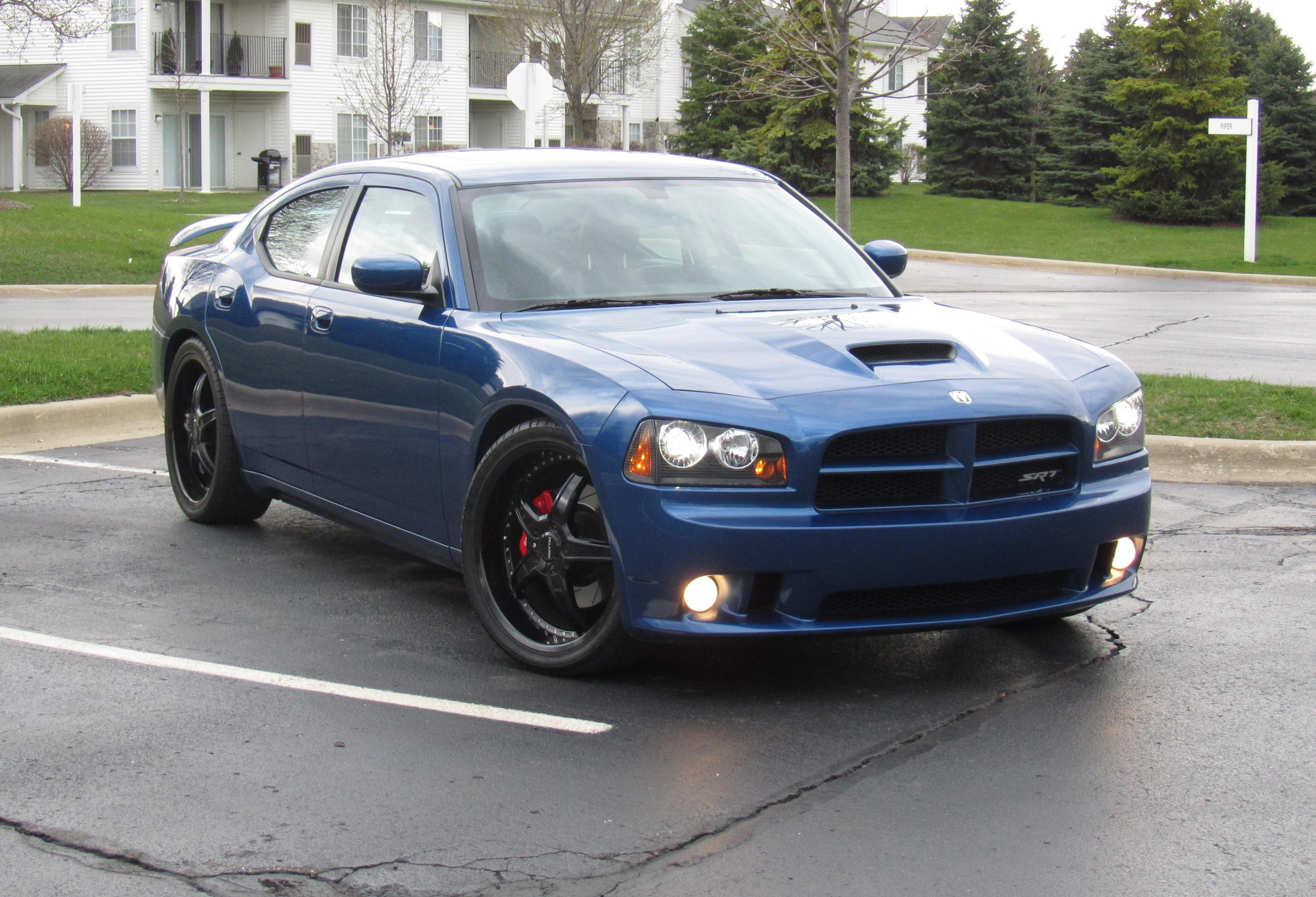 2010 Dodge Charger #12