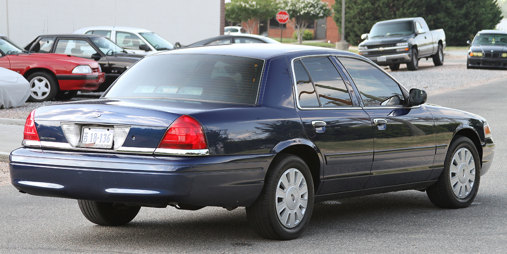 2006 Ford Crown Victoria #3