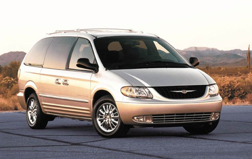 2001 Chrysler Town And Country #2