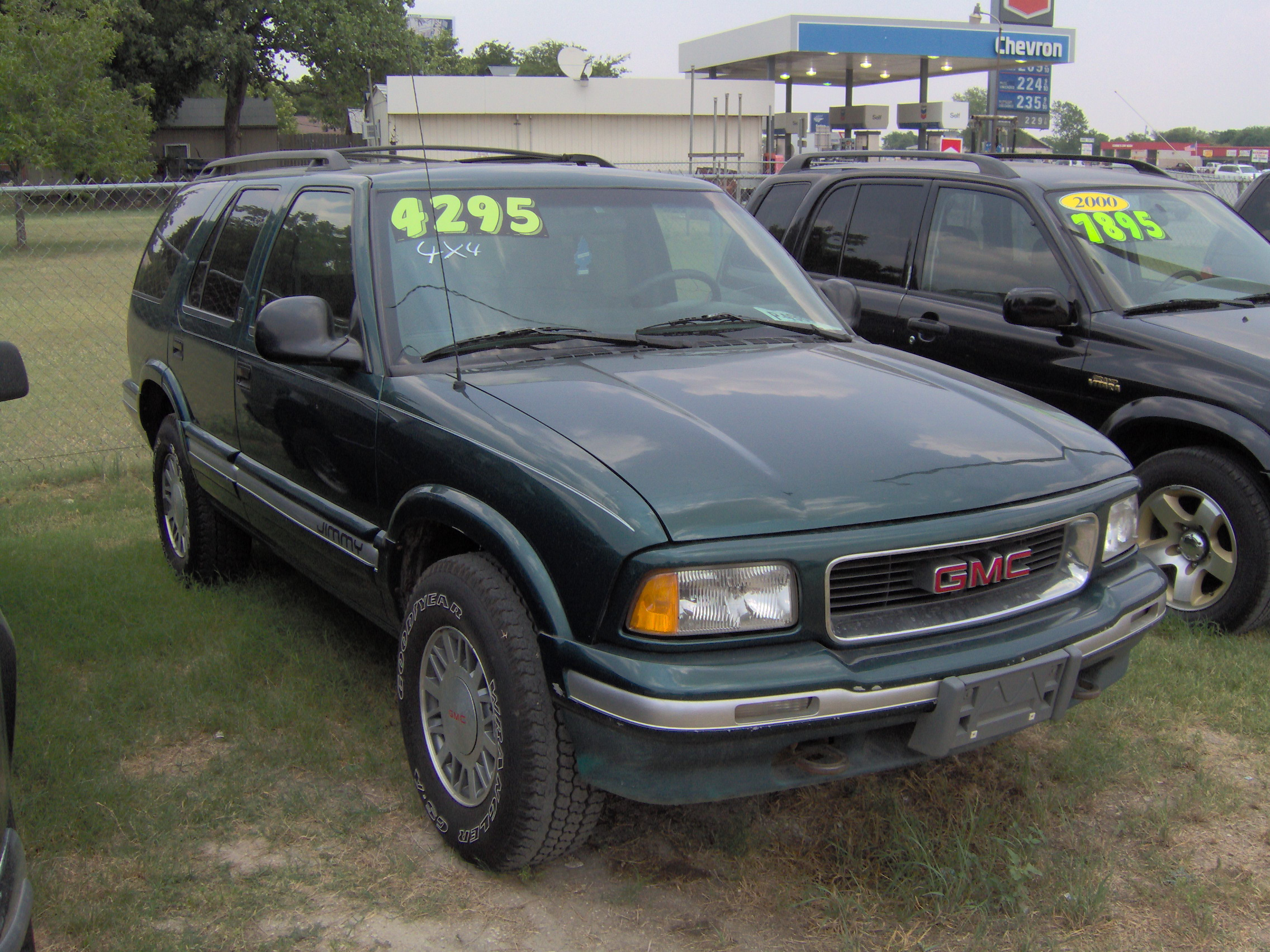 1997 GMC Jimmy #3