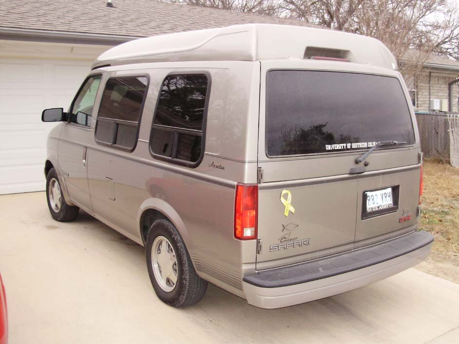 2003 GMC Safari #7