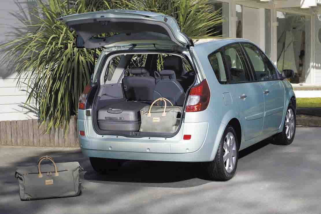 2008 renault grand scenic photos informations articles. Black Bedroom Furniture Sets. Home Design Ideas