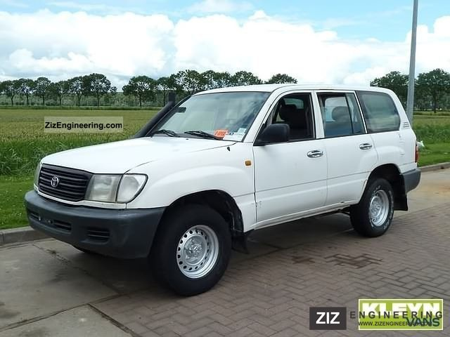 2002 Toyota Land Cruiser #14