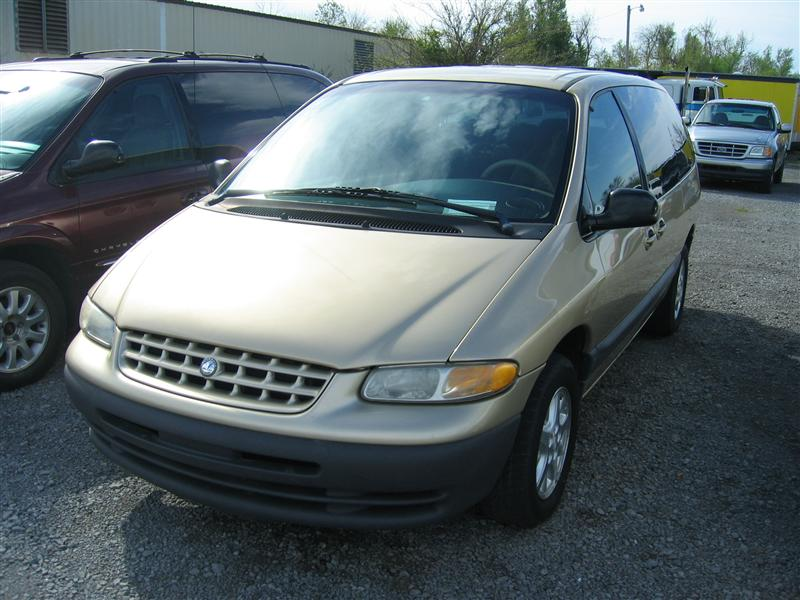 Plymouth Grand Voyager #13
