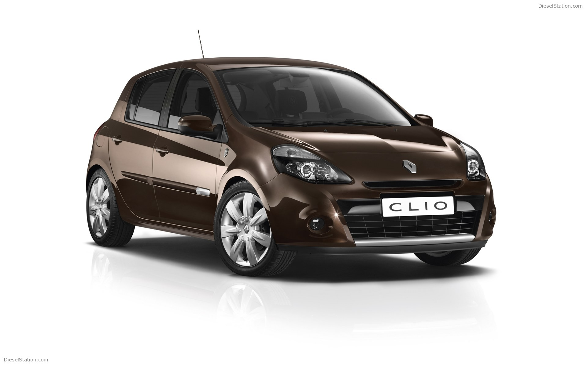 2012 renault clio photos informations articles. Black Bedroom Furniture Sets. Home Design Ideas
