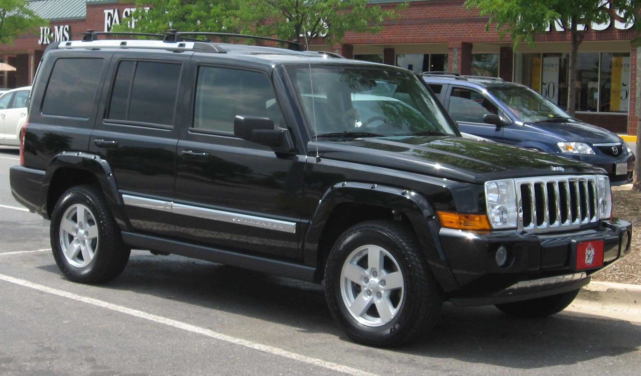2006 Jeep Commander #8