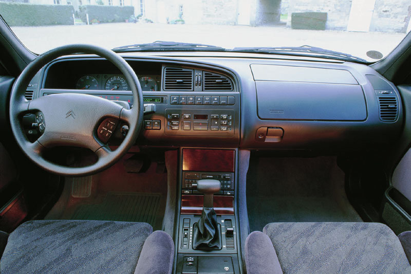 1997 citroen xm photos informations articles. Black Bedroom Furniture Sets. Home Design Ideas
