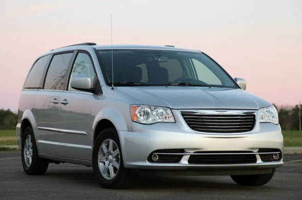 2012 Chrysler Town And Country #13