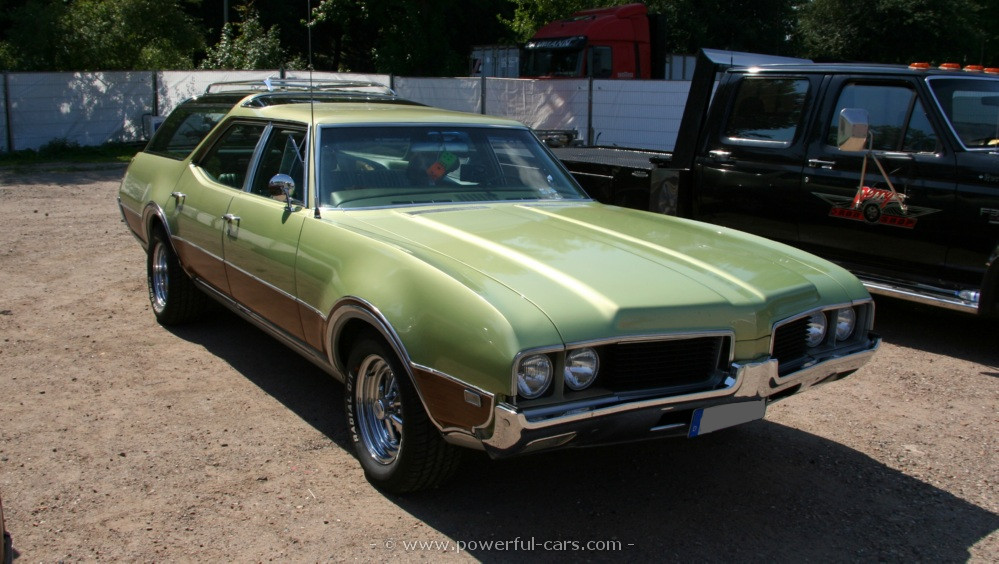 1969 Oldsmobile Vista Cruiser #12