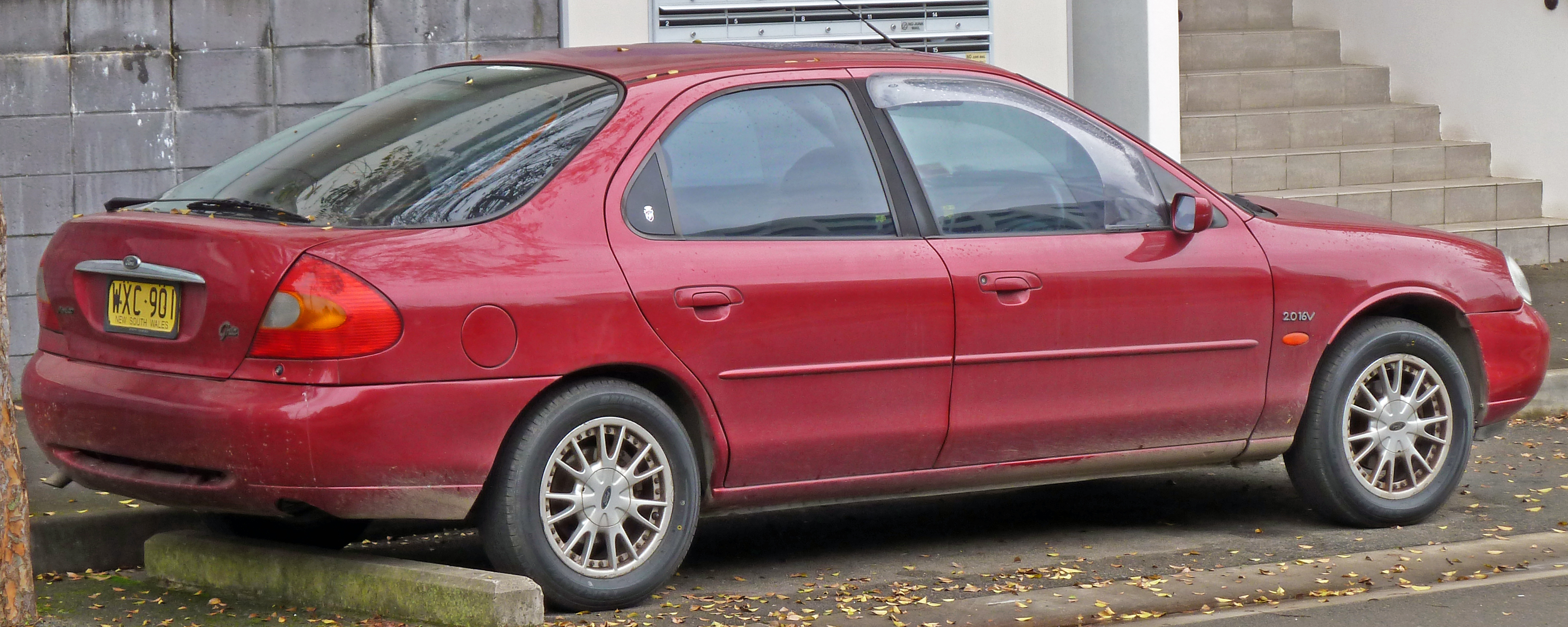 2000 Ford Mondeo #2