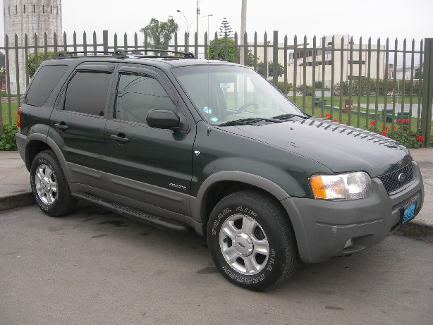 2002 Ford Escape #4
