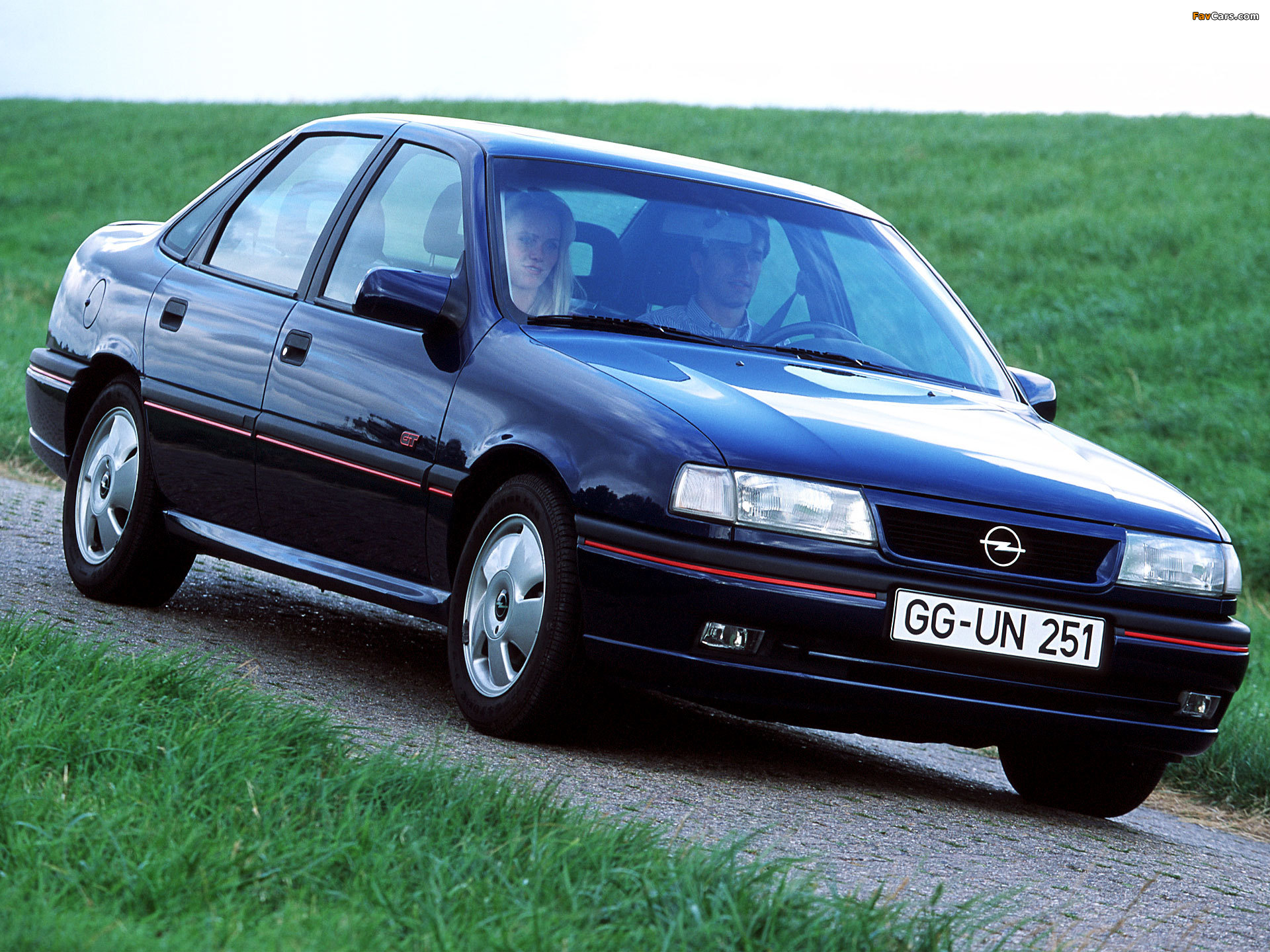 1992 opel vectra photos informations articles. Black Bedroom Furniture Sets. Home Design Ideas