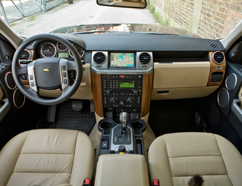 2008 land rover lr3 interior pictures to pin on pinterest. Black Bedroom Furniture Sets. Home Design Ideas