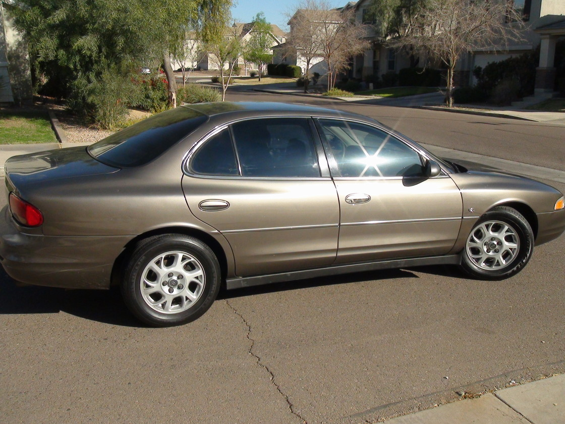 2001 Oldsmobile Intrigue #7