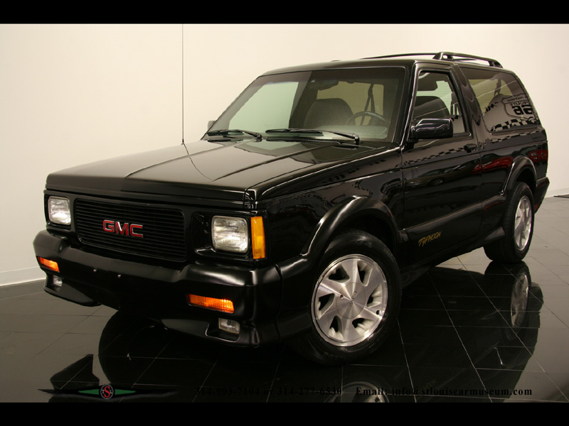 1992 GMC Typhoon #7