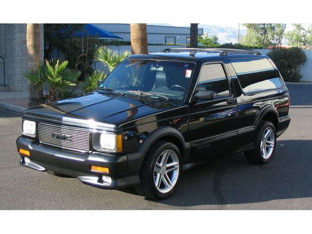 1992 GMC Typhoon #4