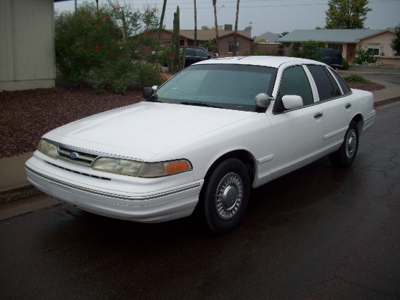 1997 Ford Crown Victoria #6