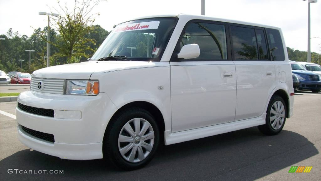 2005 Scion Xb #6