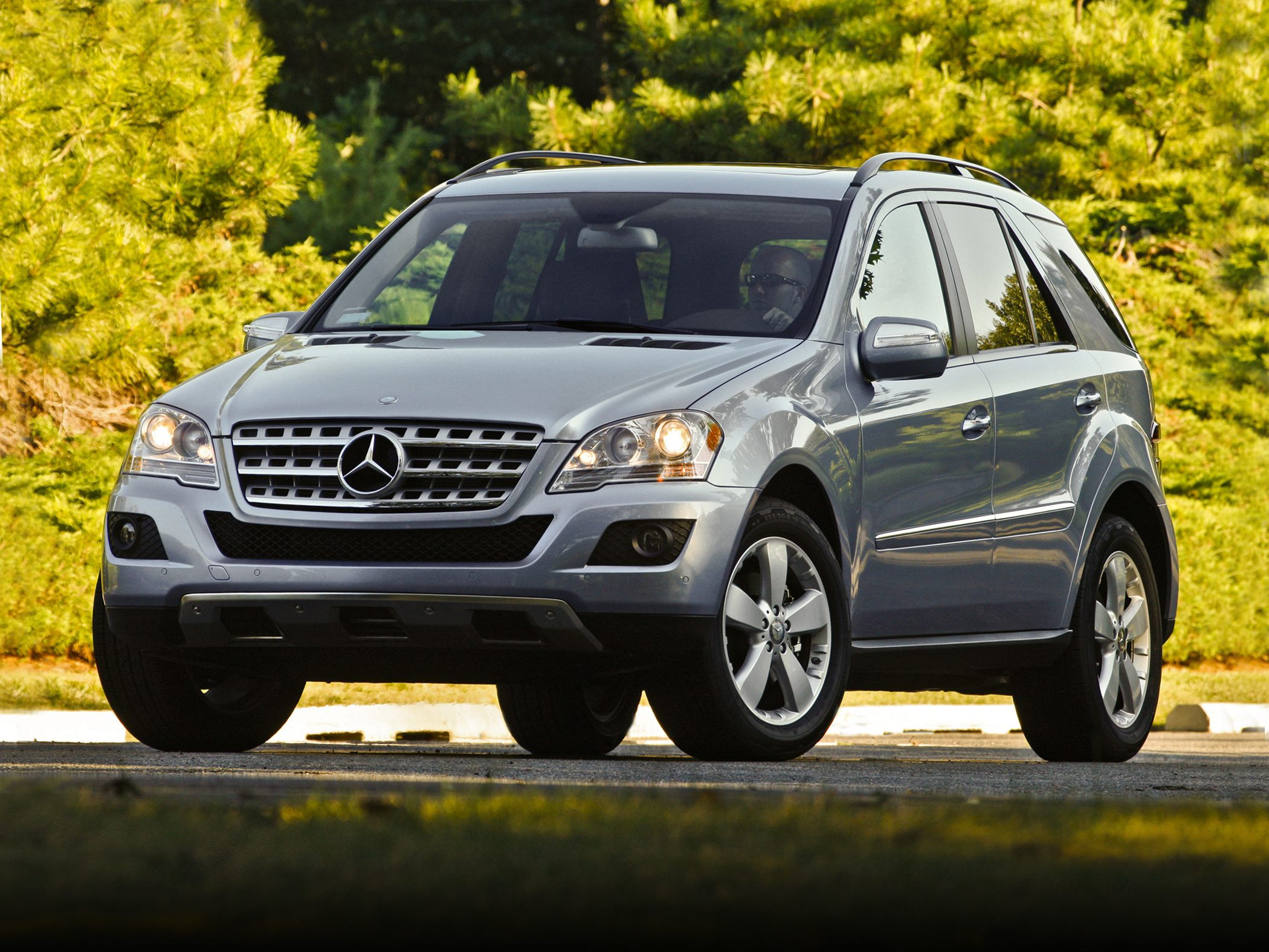 2011 Mercedes-Benz ML #4