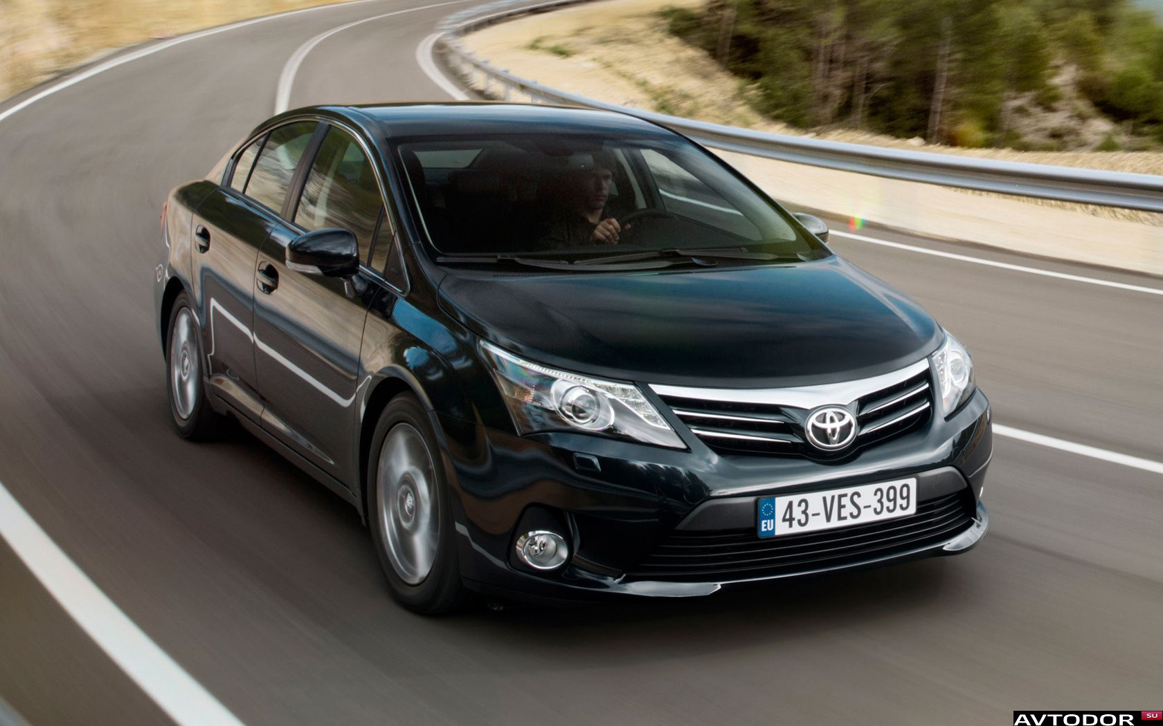2011 Toyota Avensis Photos Informations Articles