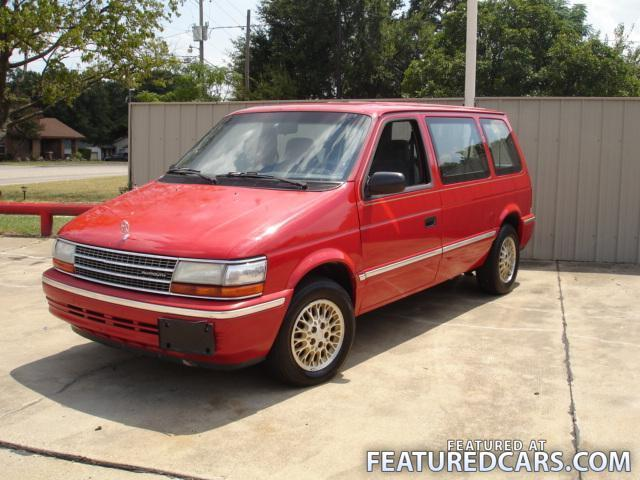 1993 Plymouth Voyager #9