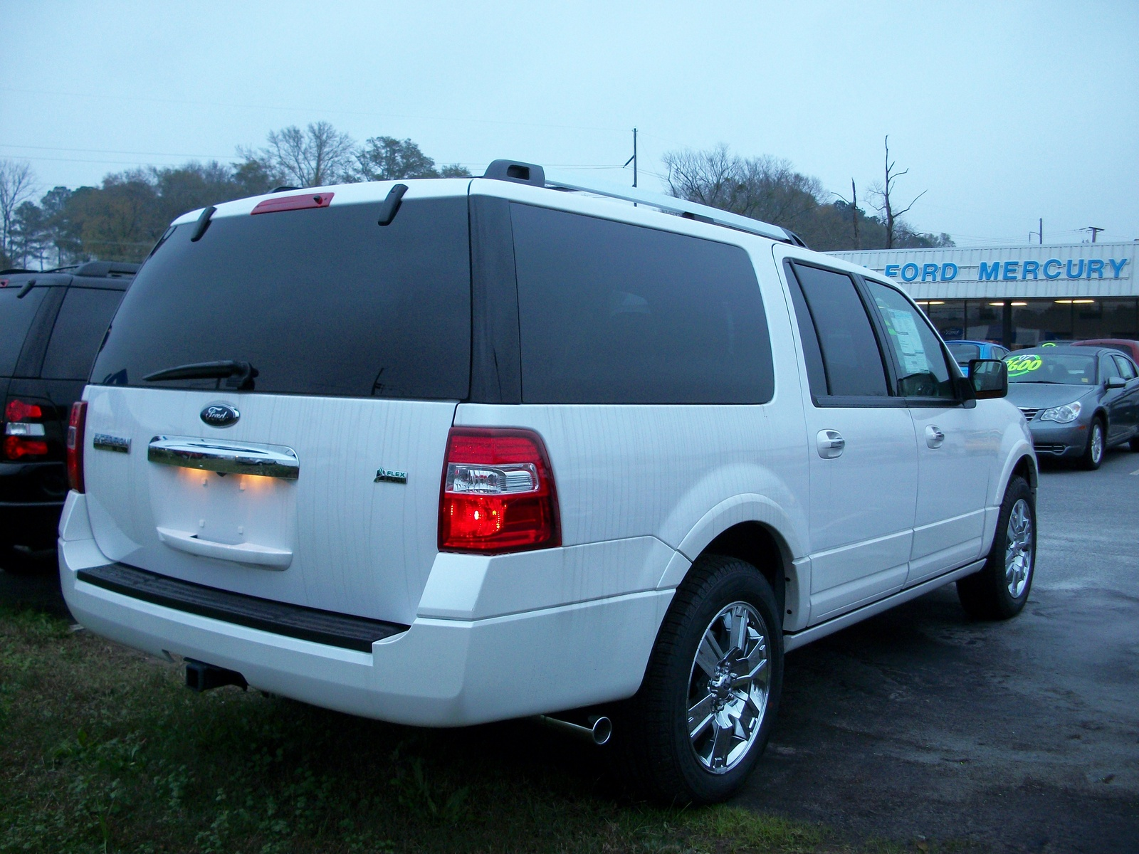 Ford Expedition El #10
