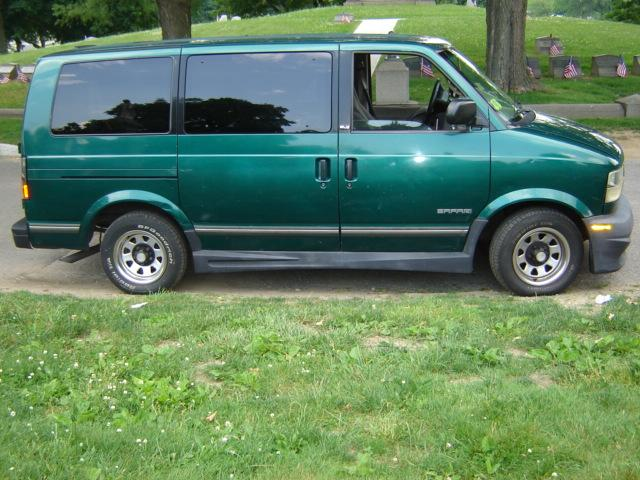 1998 GMC Safari #1