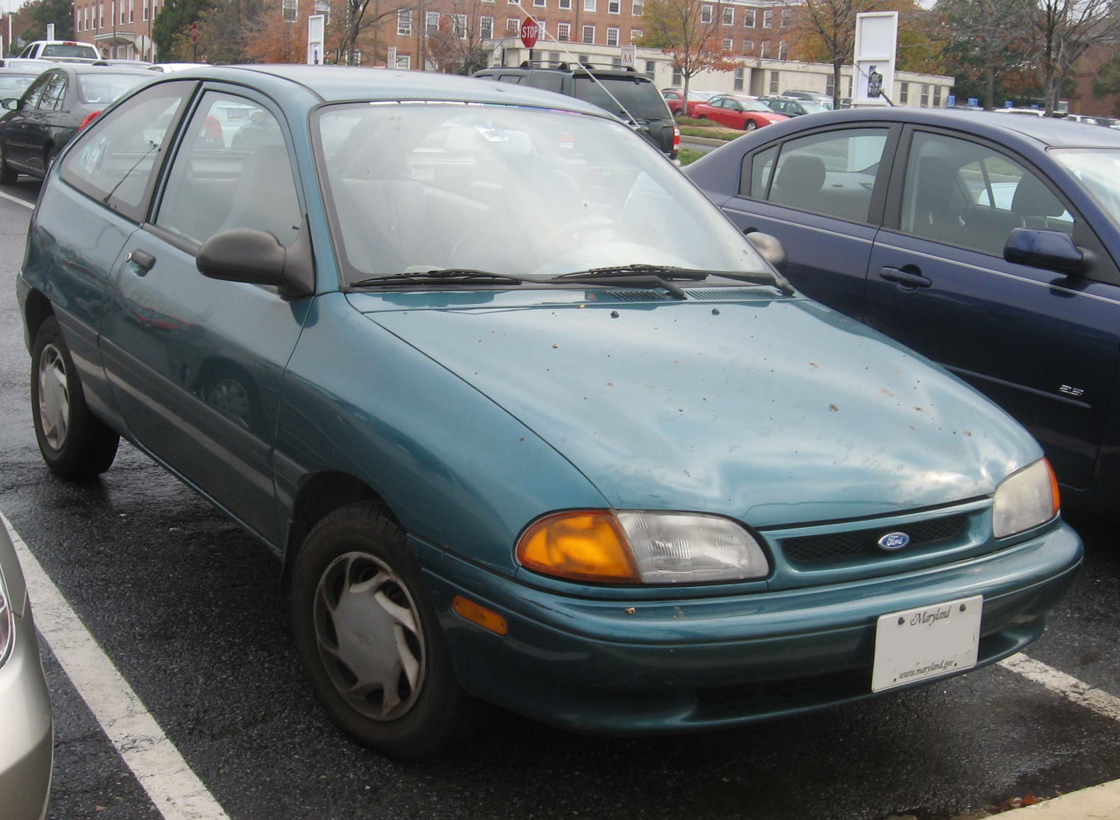 1994 Ford Aspire #14