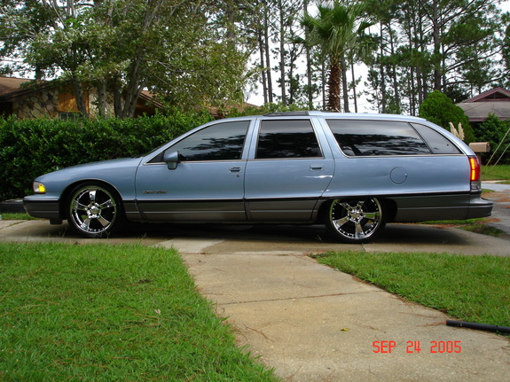 1991 Oldsmobile Custom Cruiser #5