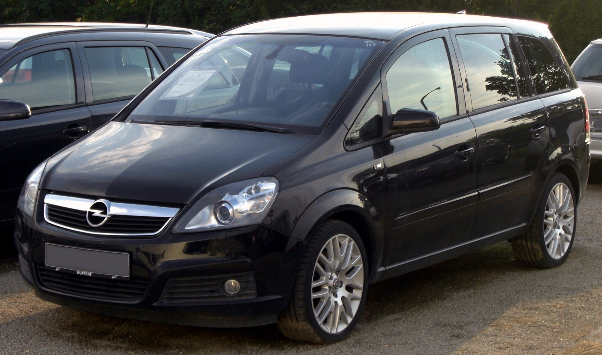 2010 opel zafira photos informations articles. Black Bedroom Furniture Sets. Home Design Ideas