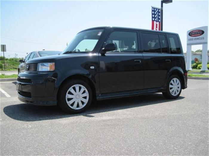 2005 Scion Xb #5