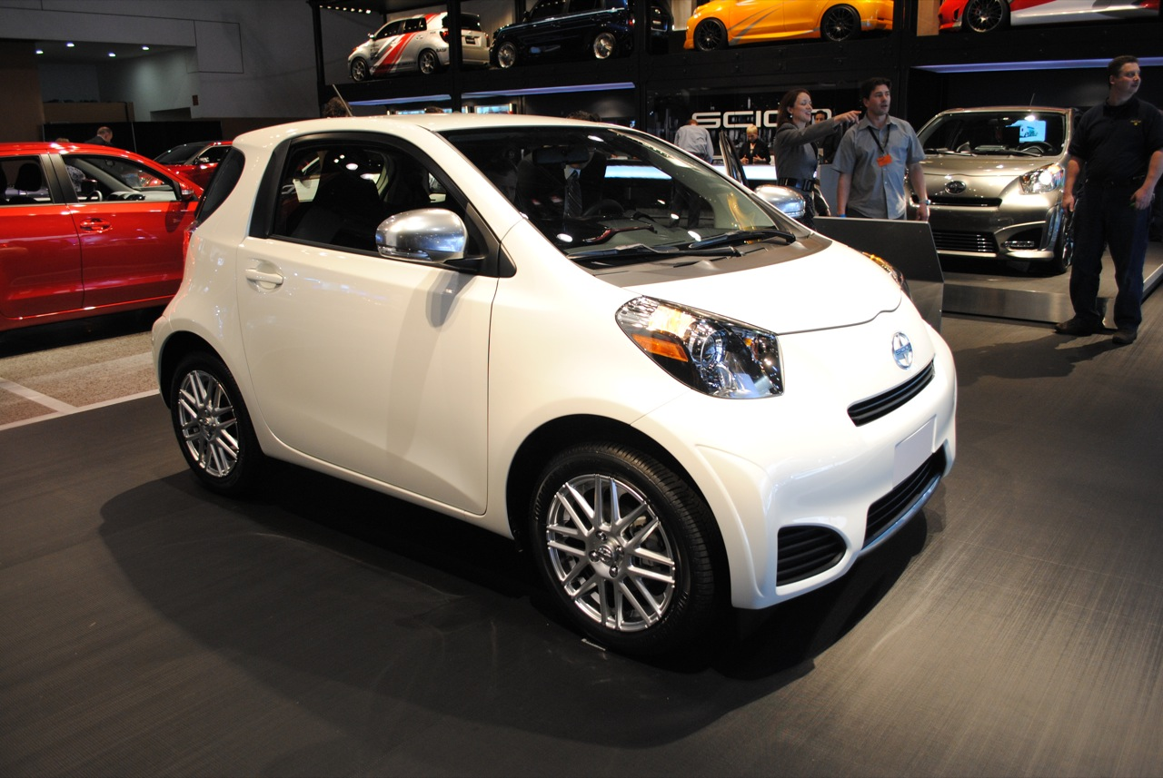 Scion Iq #11