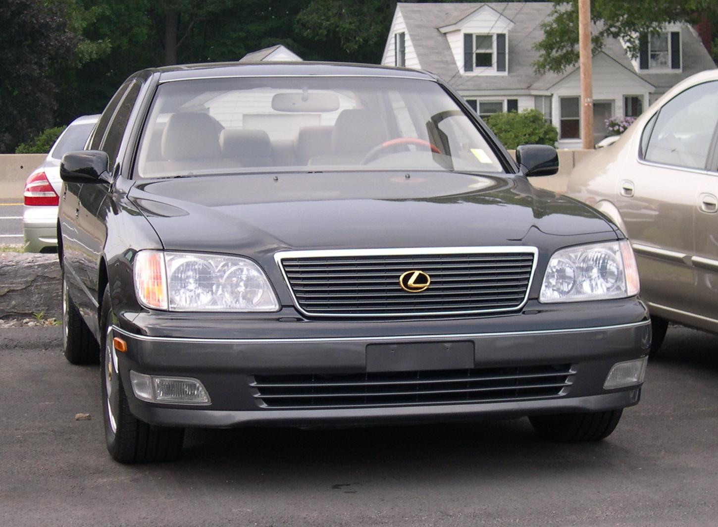 1999 Lexus IS #13