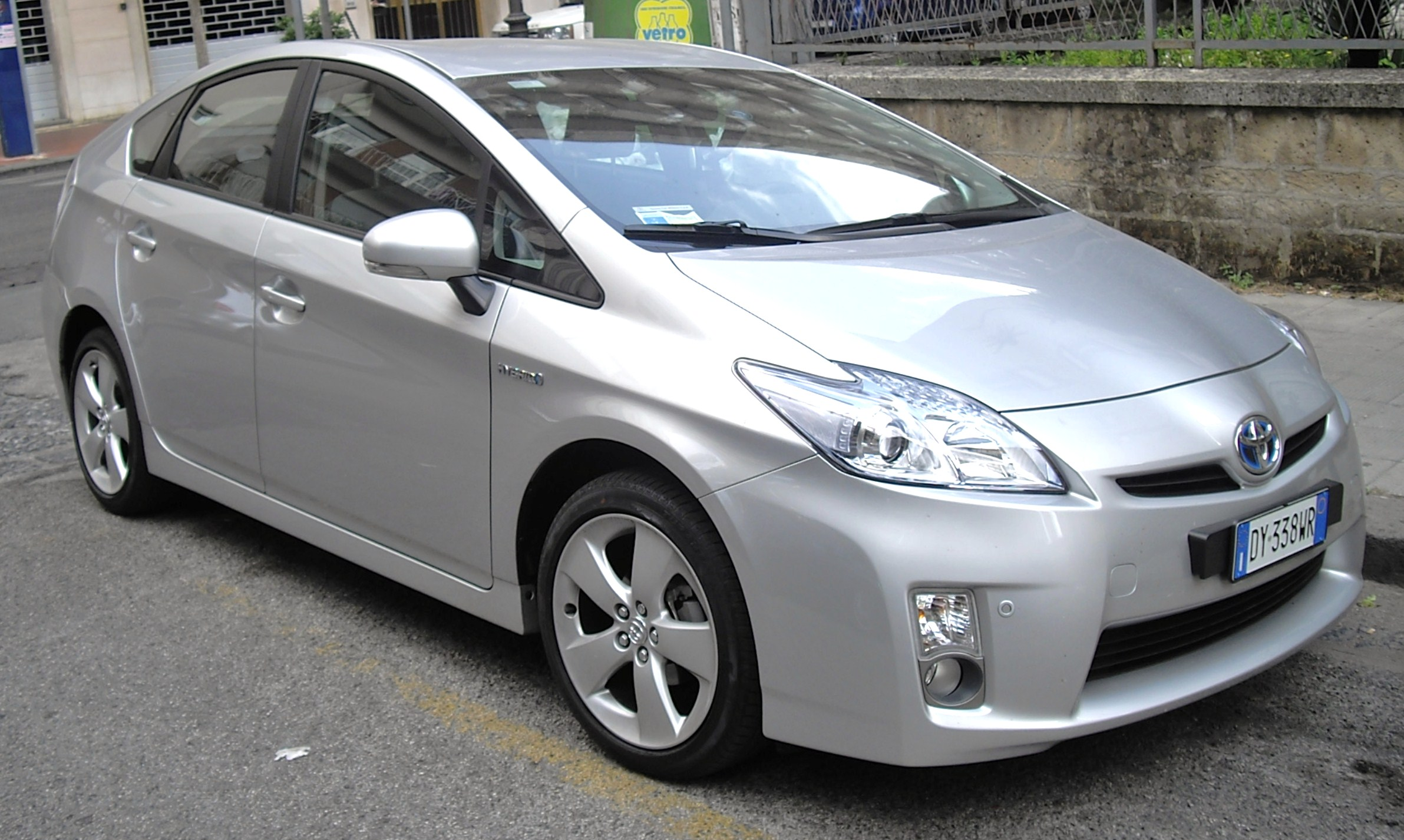 2010 Toyota Prius Photos Informations Articles