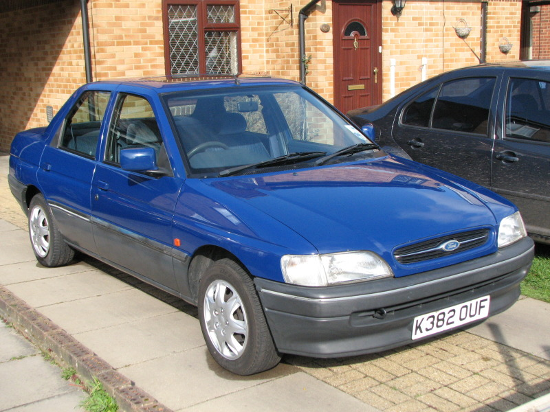 1993 Ford Orion #2