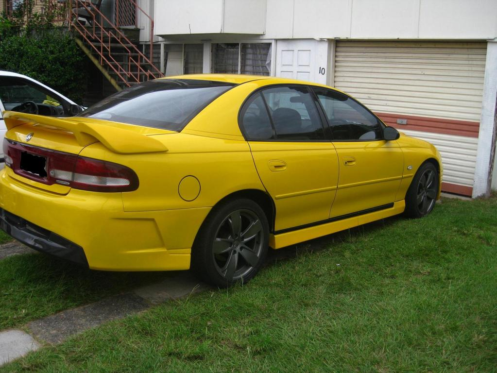 2000 Holden Commodore #17