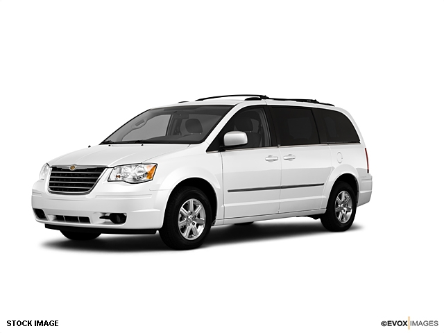 2010 Chrysler Town And Country #10