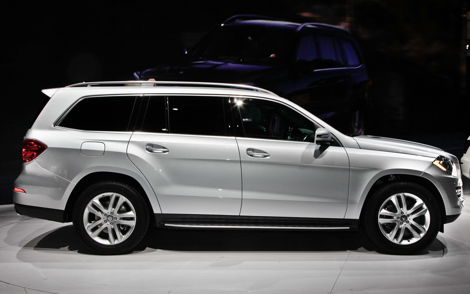 Mercedes-Benz GL #11