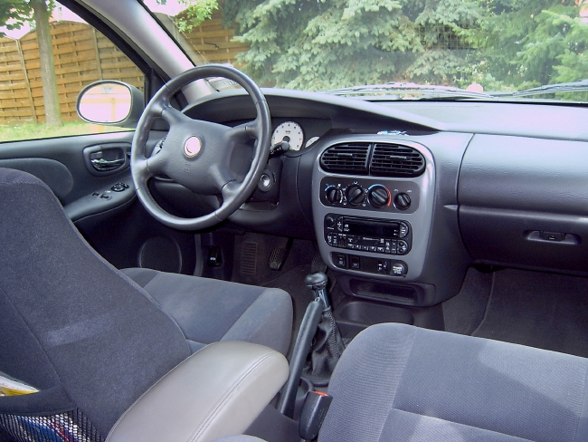 2000 Chrysler Neon #6