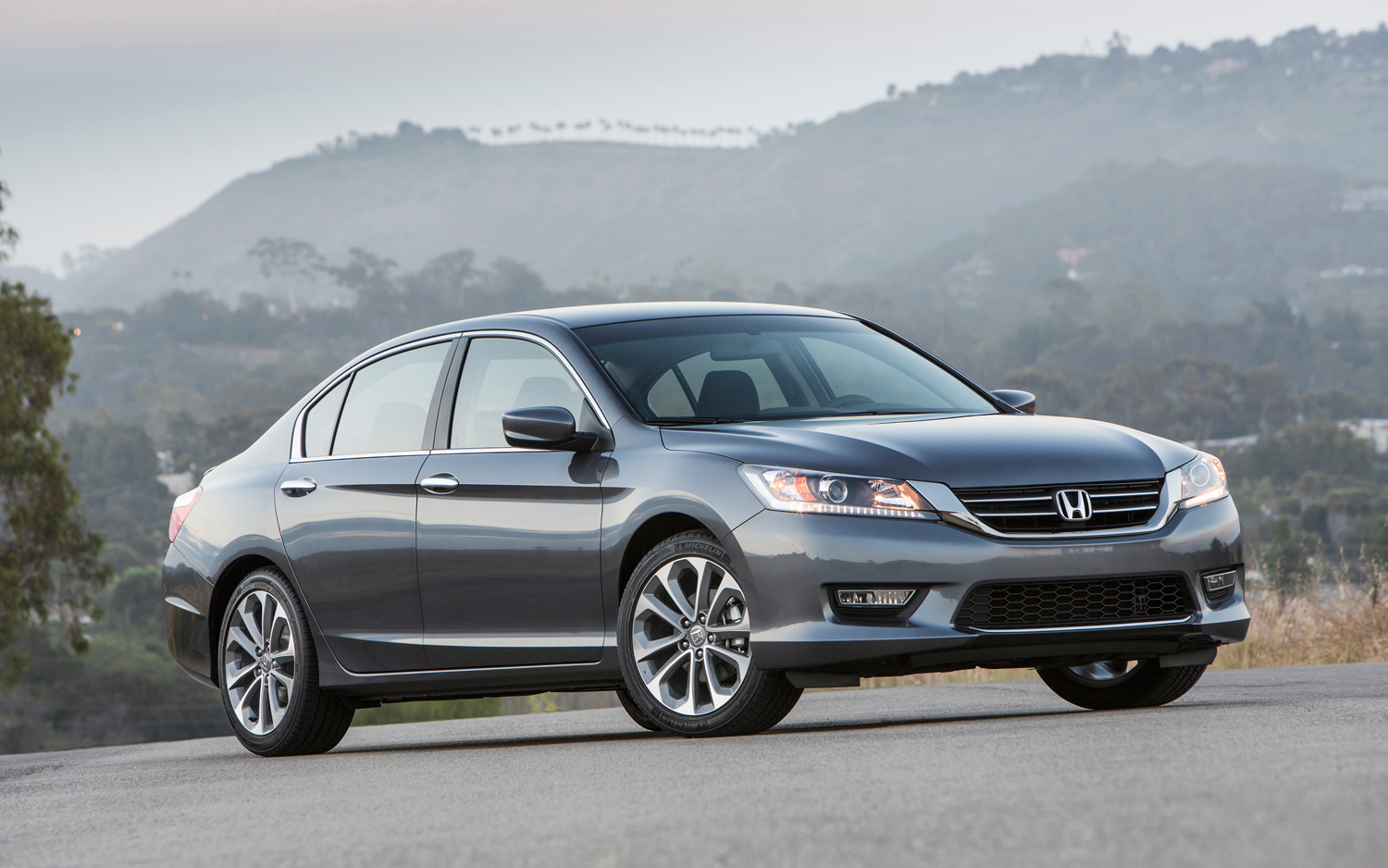 2013 Honda Accord #3