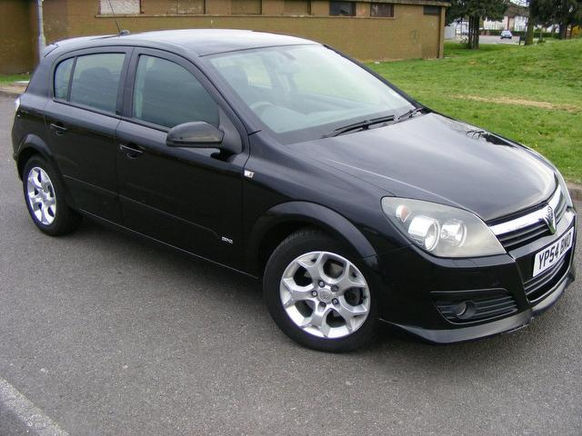 2004 vauxhall astra photos informations articles bestcarmag com rh bestcarmag com Vauxhall Astra Trunk Space Old Vauxhall Astra