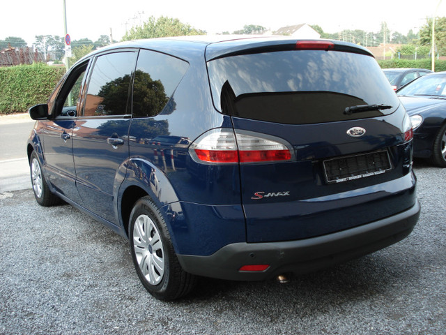 2008 Ford S-Max #16