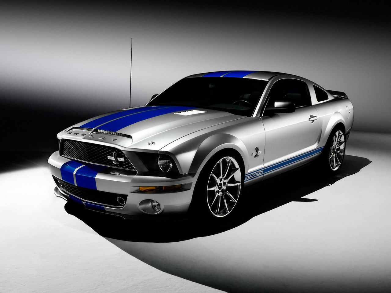 Ford GT 500 #11